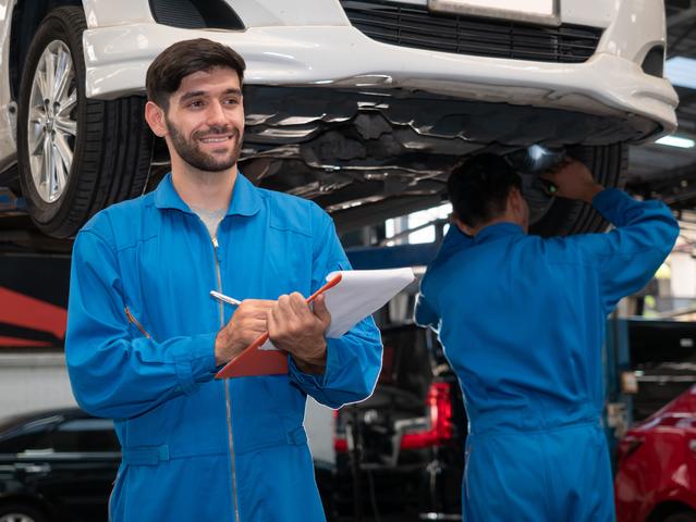 De quanto em quanto tempo devo realizar a manutenção automotiva?