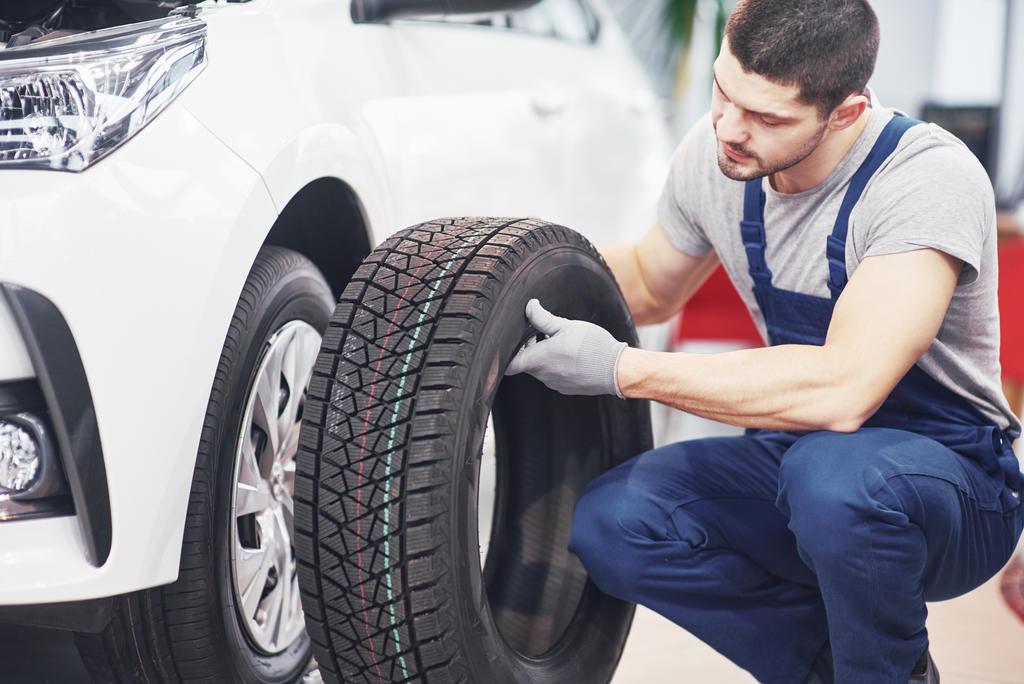 Qual a hora certa para trocar os pneus do carro?