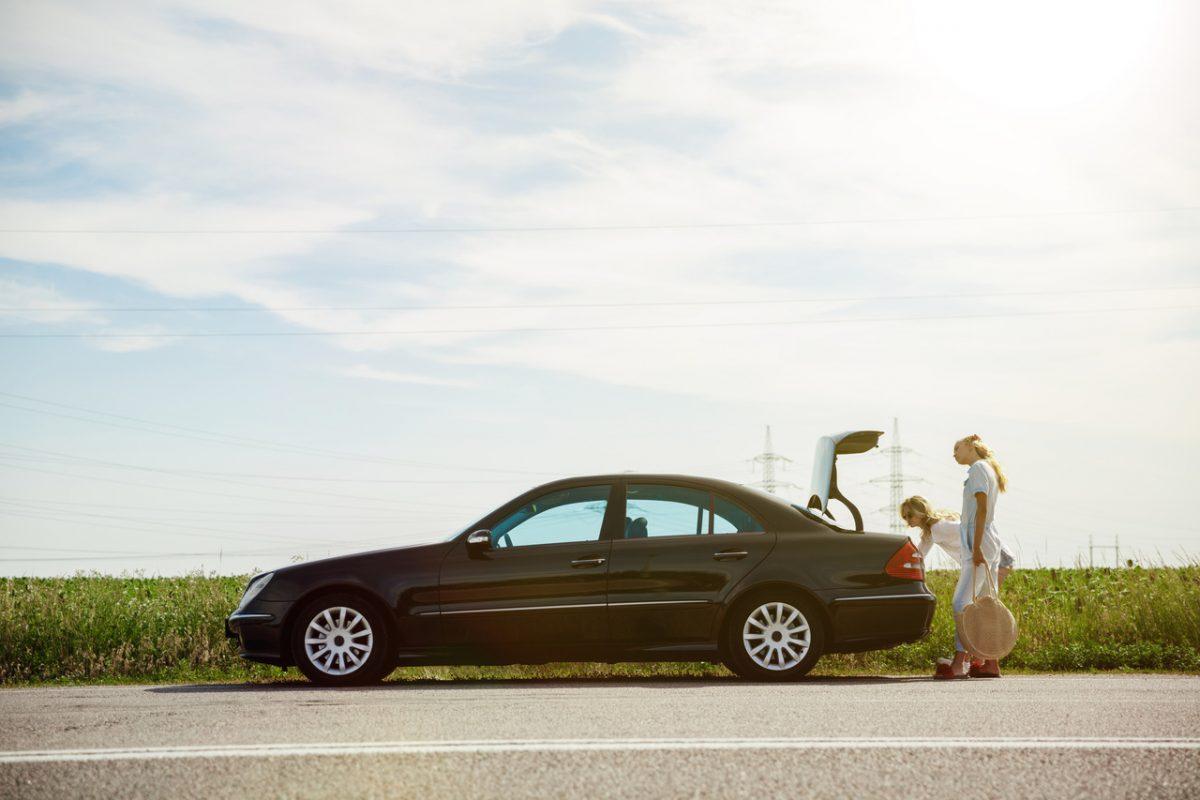 Conheça as vantagens e desvantagens do carro sedan