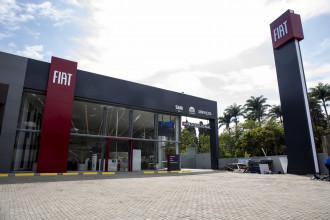 Fiat inaugura a primeira concessionária com nova identidade visual da marca