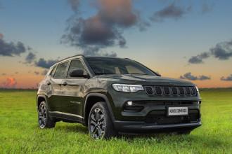 Jeep apresenta plataforma digital Adventure Intelligence para veículo conectado