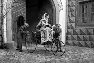 Mercedes-Benz celebra o pioneirismo feminino na história do automóvel