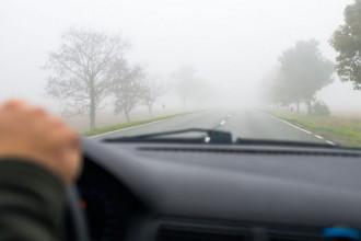 Cuidados para dirigir na neblina