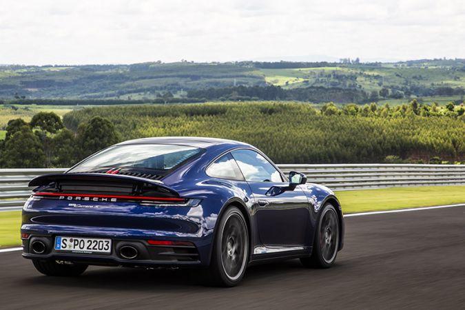 Novo Porsche 911 chega ao Brasil em maio