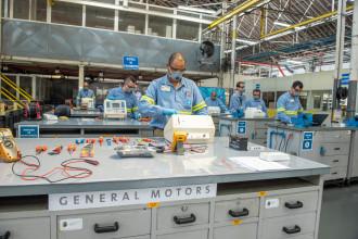 Fábricas da GM já receberam 91 respiradores para conserto