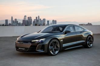 Audi promove ação com novos esportivos da marca e confirma e-tron GT para 2021