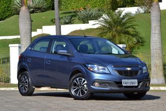 Avaliação Chevrolet Onix automático
