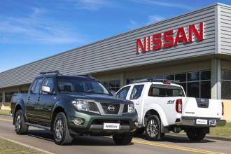 Picape Nissan Frontier com mais itens na linha 2015