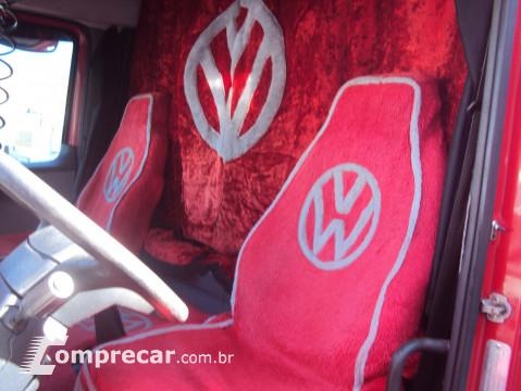 Volkswagen Vw 25.320 Titan 2 portas