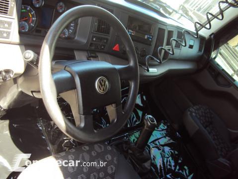 Volkswagen Vw 24.280 6x2 / carroceria 2 portas