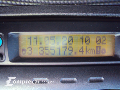 Volvo VM 220 EURO 5 2 portas